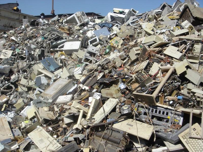 Colombia produce cada año 130.000 toneladas de basura electrónica